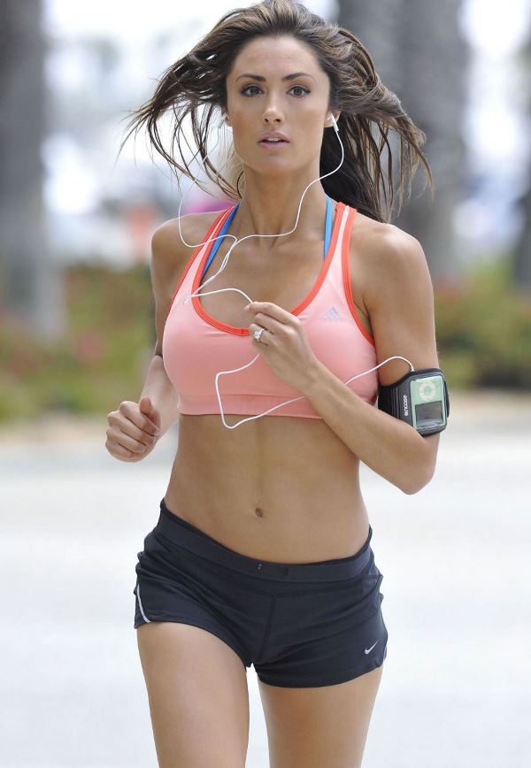 Katie Cleary Beach and Workout in Santa Monica, CA, July 25, 2010