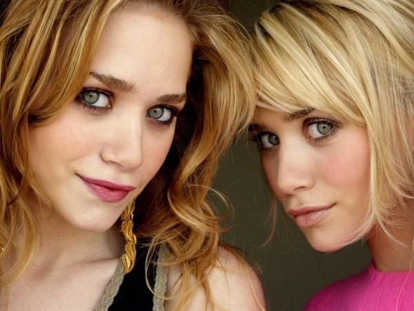 Ashley-and-Mary-Kate-Olsen-600x450