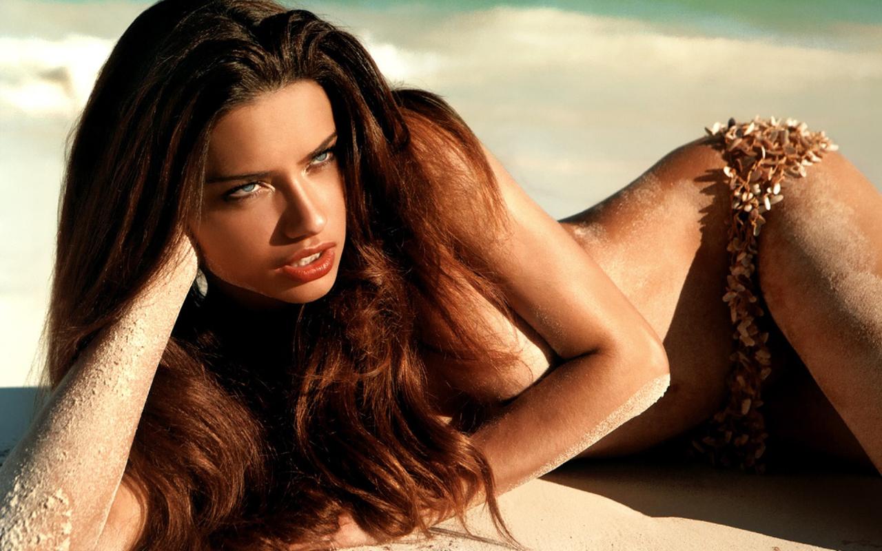 Adriana Lima 30616 1280x800 Sexy Wallpaper