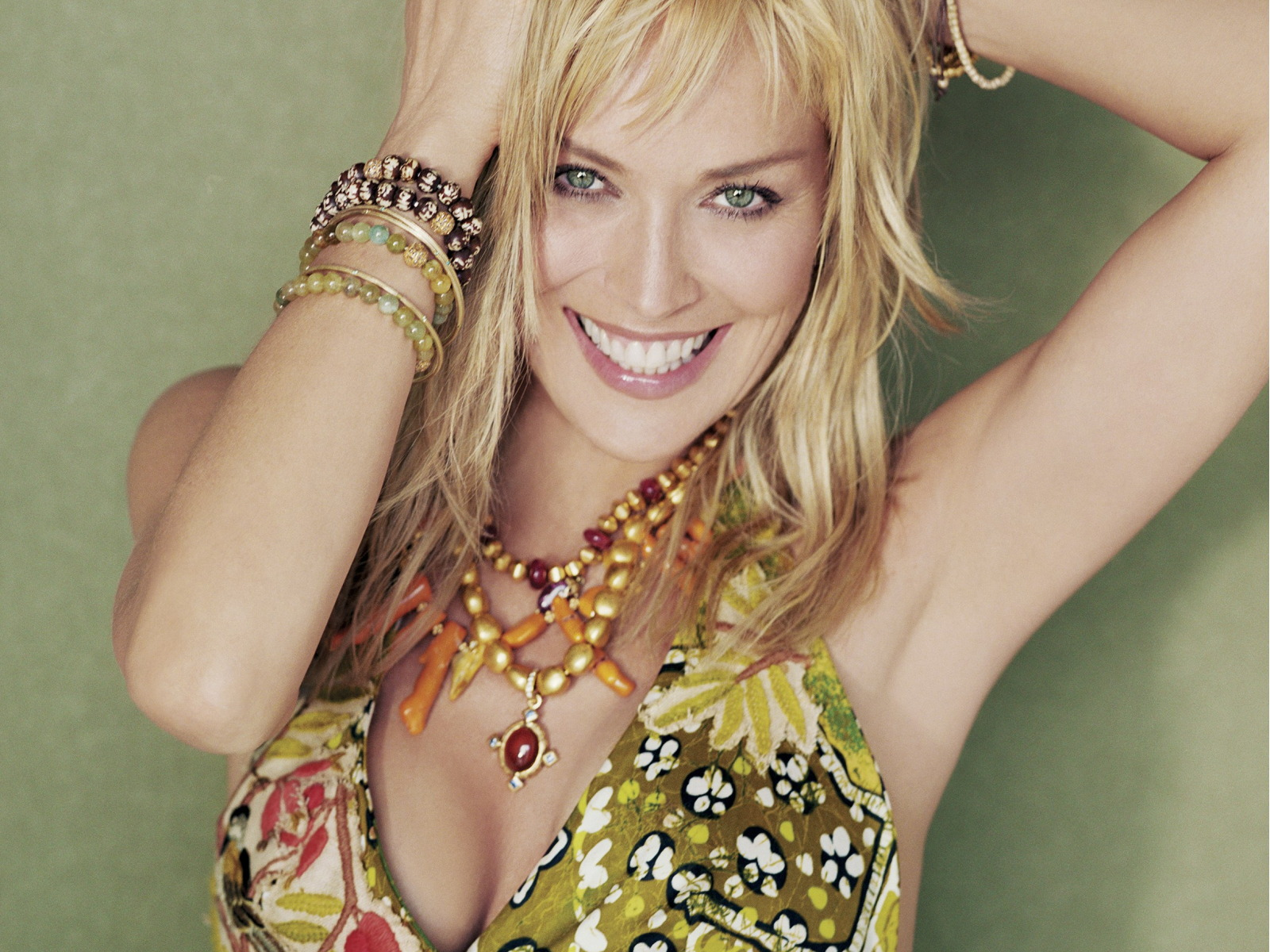 sharon-stone-wallpaper