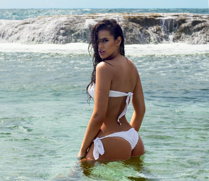 Bruna-Marquezine-em-fotos-picates-na-revista-VIP-11