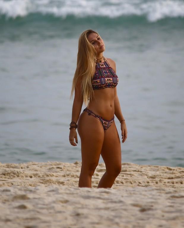 Ana gaucha big booty brazilian - 3 part 6
