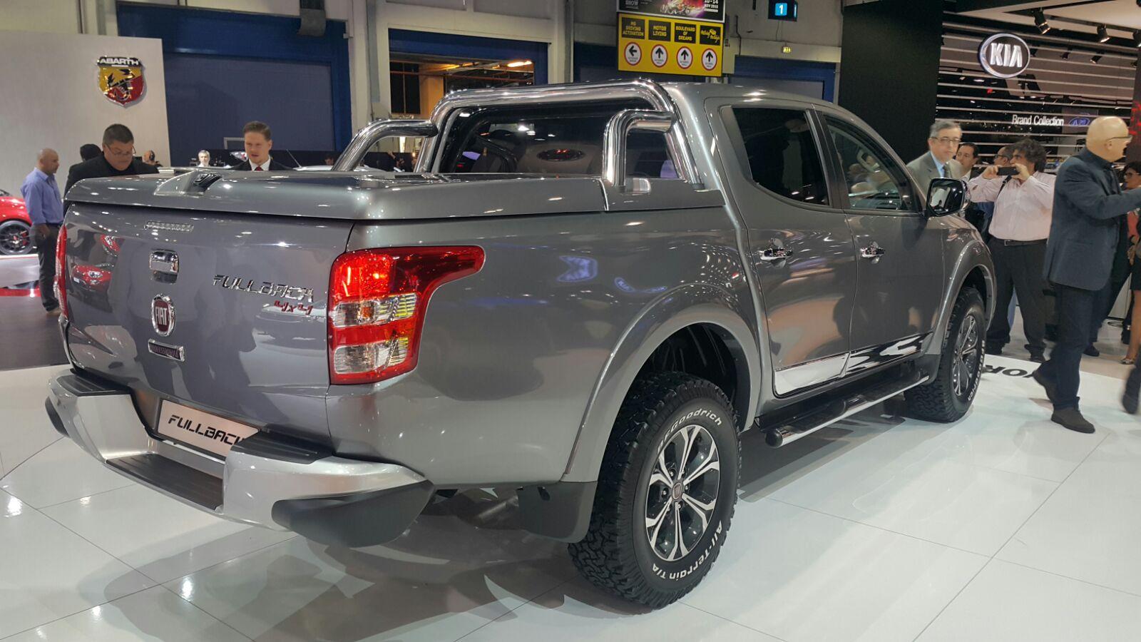 2016-Fiat-Fullback-Double-Cab-rear-quarter-at-the-2015-Dubai-Motor-Show
