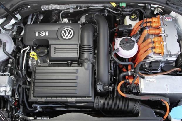 VW-Golf-GTE-5-620x413