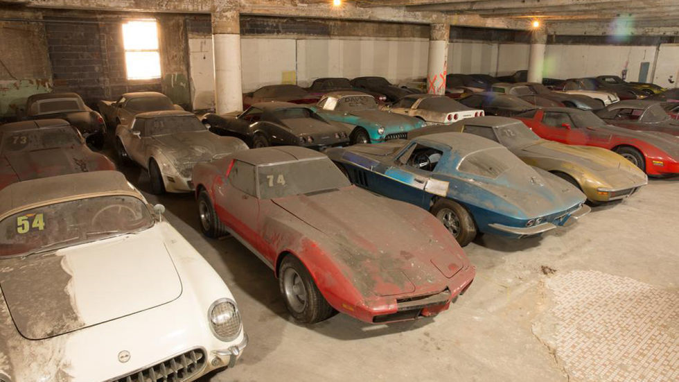 gallery_nrm_1418660752-max_corvette
