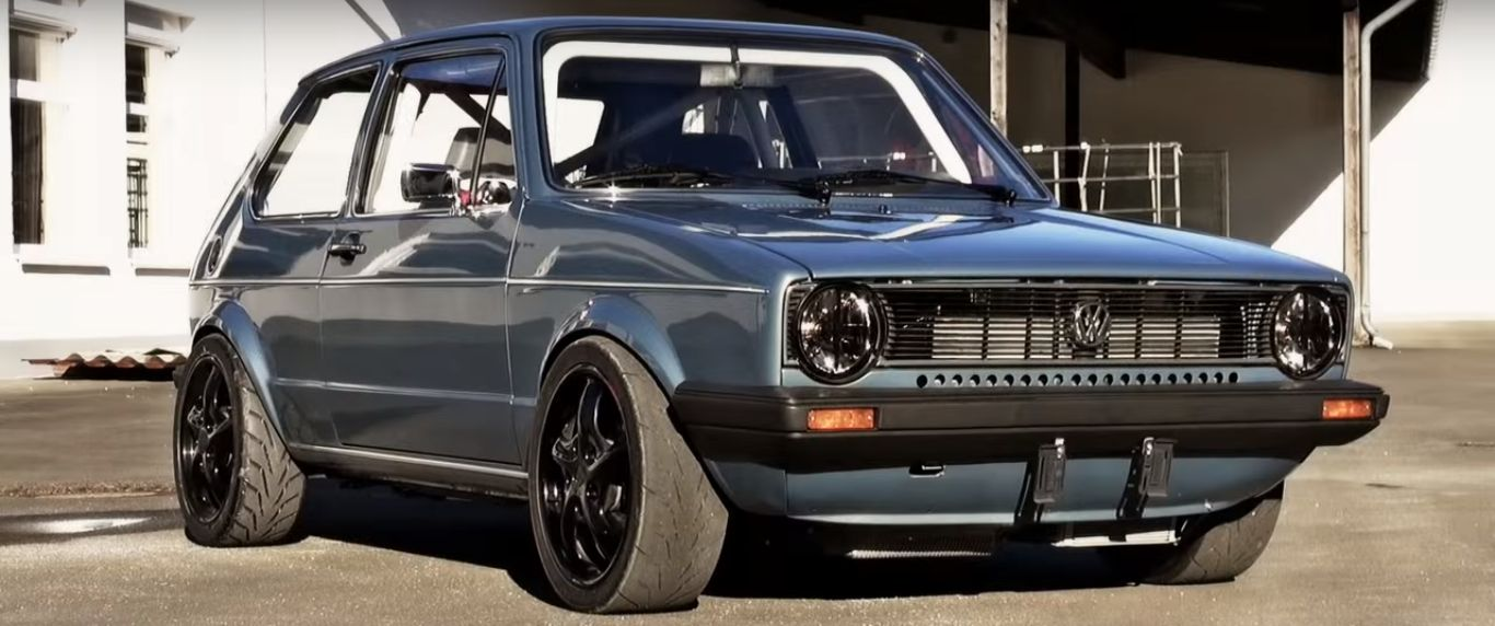1152-hp-vw-golf-mk-i-sleeper-goes-wild-on-the-street-video-102615_1