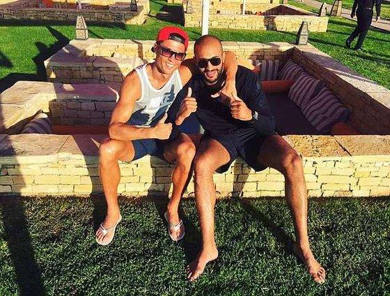 RTEmagicC_Cristiano_Ronaldo_Gay2_txdam292882_388efa.jpg