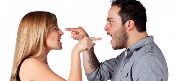 casal-discutindo-1030x477-600x278