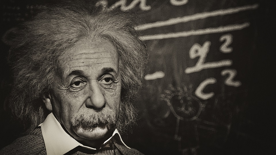 7-Practical-Life-Lessons-From-Albert-Einstein