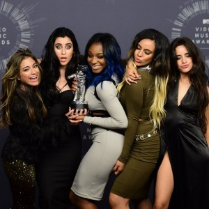 fifth-harmony-2014-vmas-1423759226-custom-0