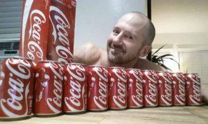 latas de coca 1 600x360