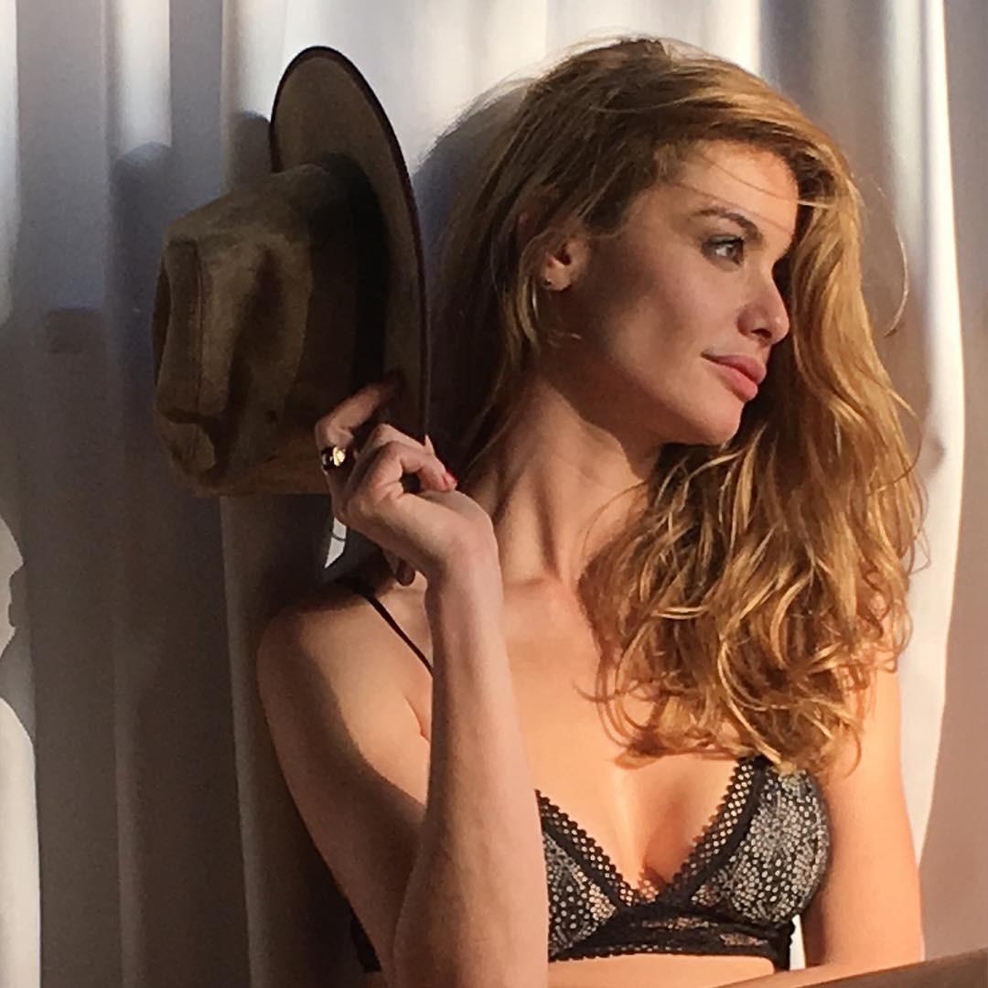 Alinne Moraes Sex 8 musas dos anos 90 e 2000 e como elas estão hoje | planeta pop